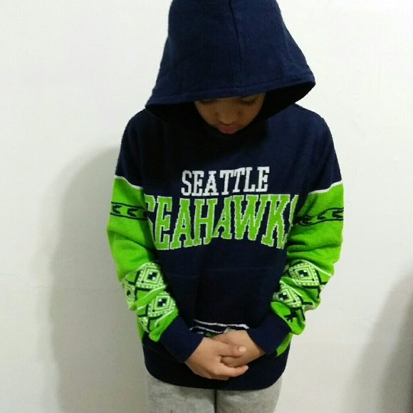 timeless design 50cc9 8153c Seattle Seahawks Youth Hoodie Sweater